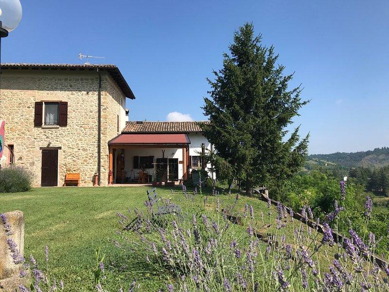 Casa Doriana  tranquillità e relax sulle colline di Bologna, holiday rental in Zocca