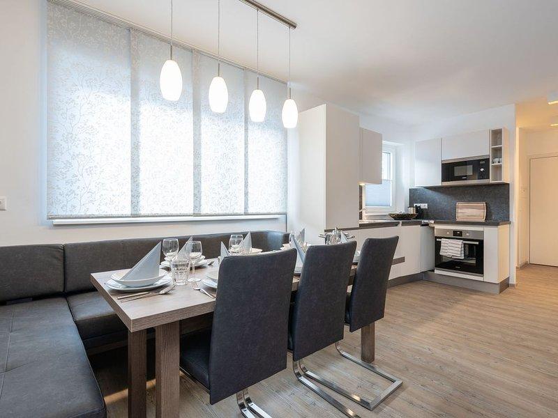 Vogue Apartment in Neukirchen am Großvenediger near Ski Area, vacation rental in Neukirchen am Grossvenediger