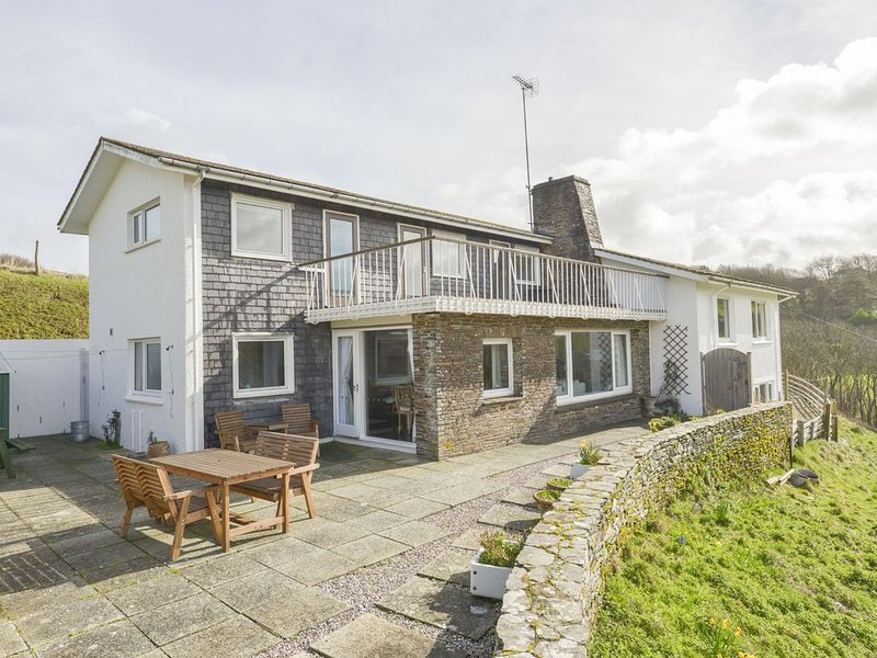 Ayrmer House, RINGMORE, holiday rental in Burgh Island