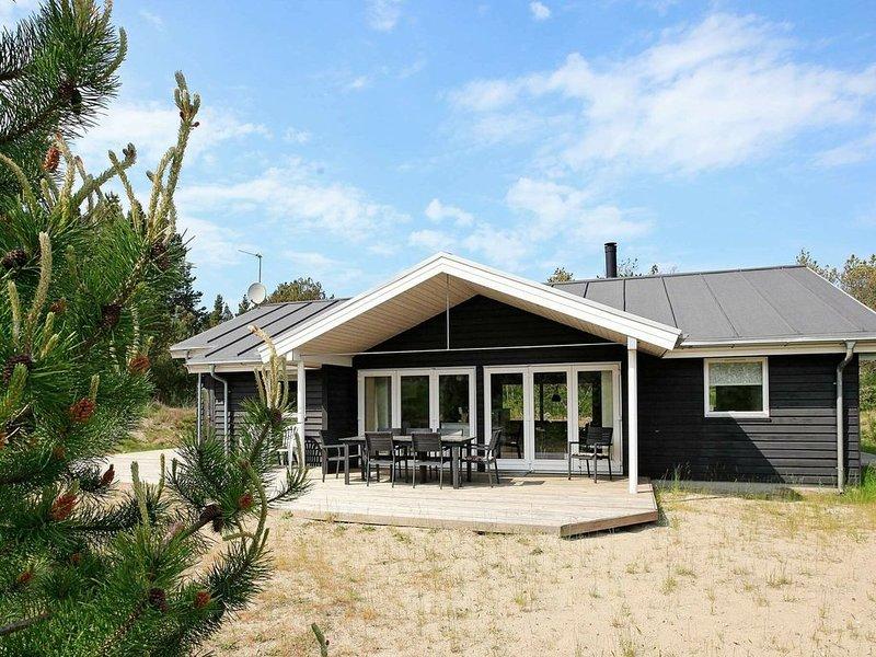 Stylish Holiday Home in Ålbæk with Sauna, alquiler vacacional en Kandestederne