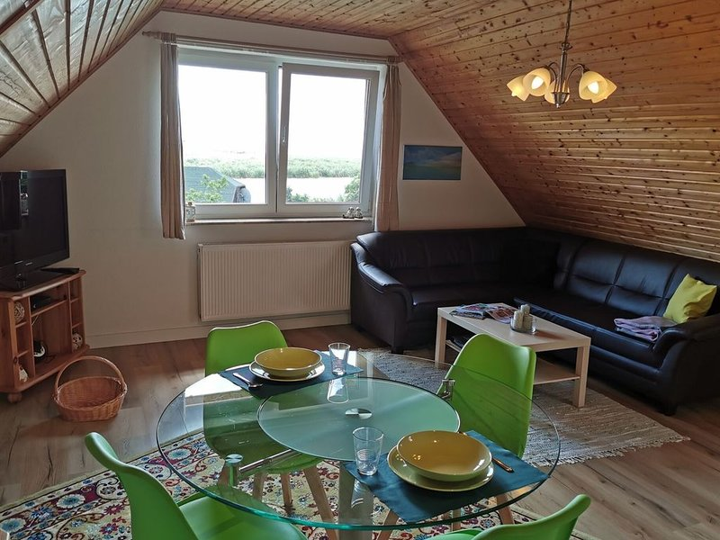Spacious Flat in Wilhelmshof near Lake, vakantiewoning in Rankwitz