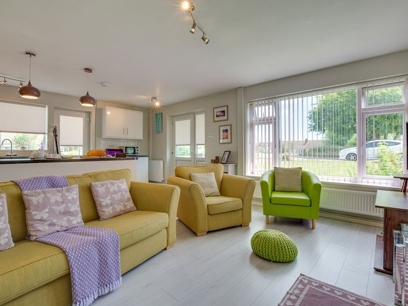 Forget Me Not - Two Bedroom House, Sleeps 4, vacation rental in Icklesham