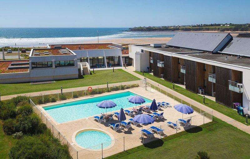 Appart + piscine chauffée | Espace évasion près de la plage, location de vacances à Le Pouldu