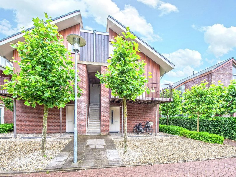 Neat apartment with dishwasher, close to Amsterdam, holiday rental in Uitgeest