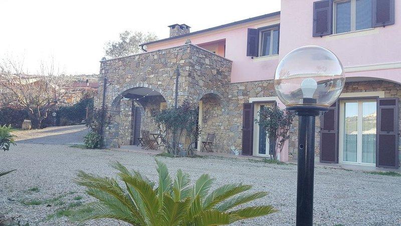 la colombera, appartamento in villa con giardino, vacation rental in Torrazza
