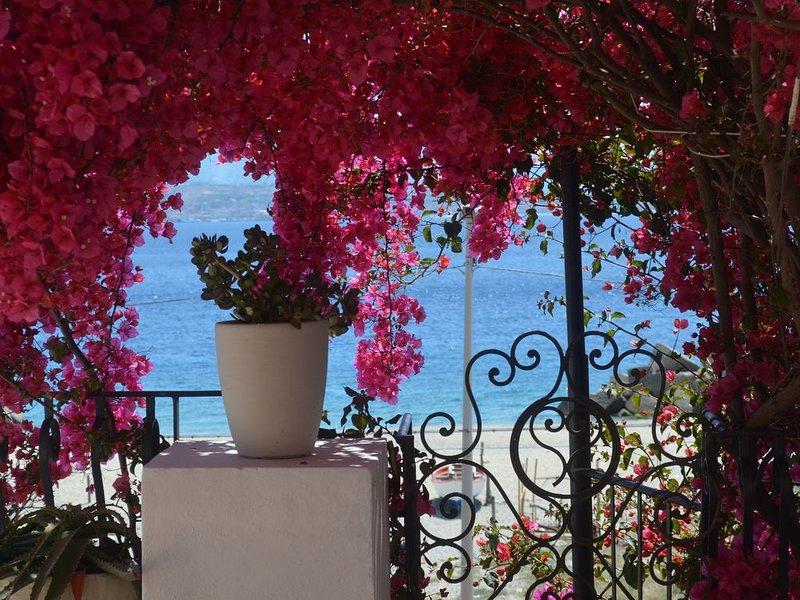 Appartamento con ampia terrazza sul mare, vakantiewoning in Villa San Giovanni