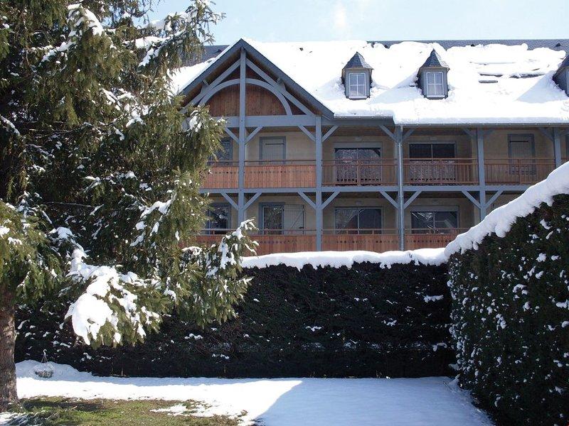 Super endroit ! Appartement proche des thermes et la télécabine + Navette Gratui, location de vacances à Guchan