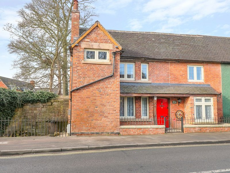 Jasmine Cottage, DUFFIELD, vacation rental in Quarndon