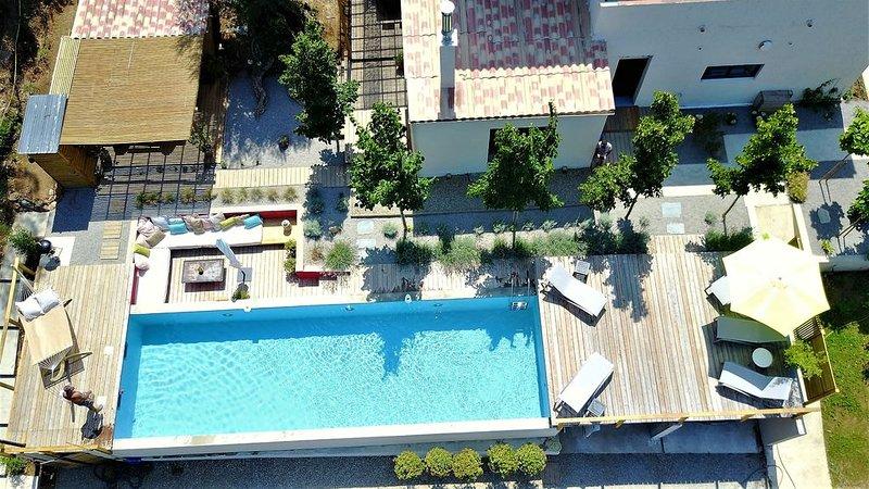 ARRIERE PAYS DE SAINT FLORENT. PISCINE ET SPA, holiday rental in Santo-Pietro-di-Tenda