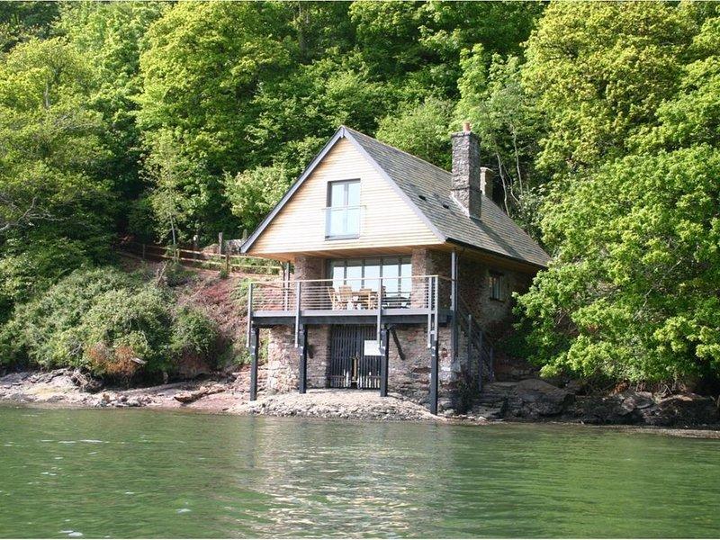 Sandridge Boathouse, STOKE GABRIEL, alquiler vacacional en Stoke Gabriel
