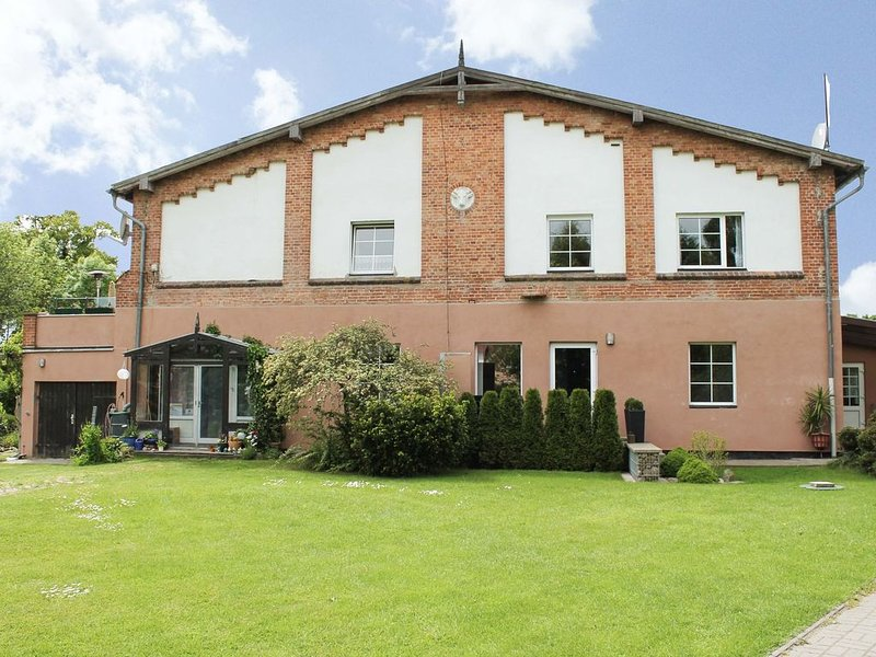 Comfy Apartment with Terrace, Garden, Heating and Barbecue, casa vacanza a Wittenbeck