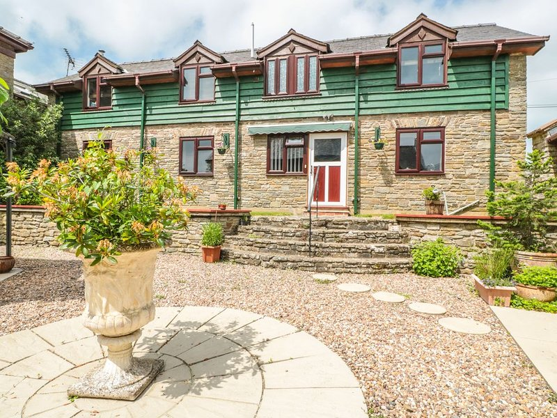 The Courtyard, GLADESTRY, holiday rental in Kington