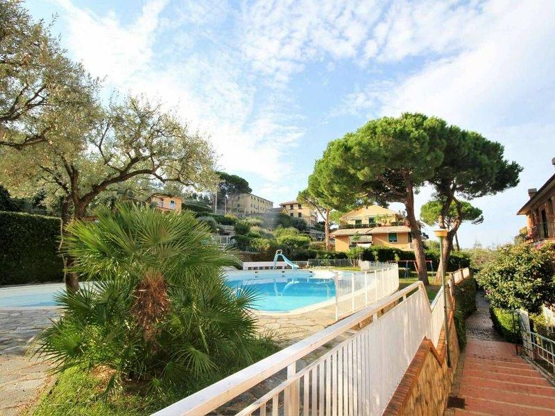 Bellissimo con giardino e piscina, holiday rental in Camogli