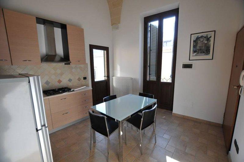 Lecce: Appartamento con terrazzo nel centro storico di Lecce, aluguéis de temporada em Lecce