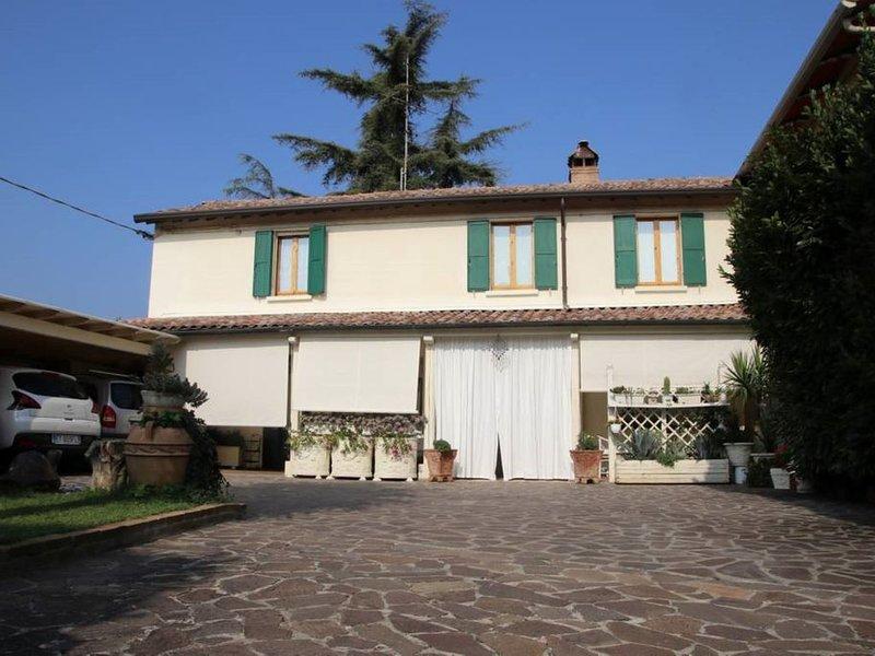 Casa Vacanze con Giardino a Ponte del Castello, holiday rental in Ca di Lugo