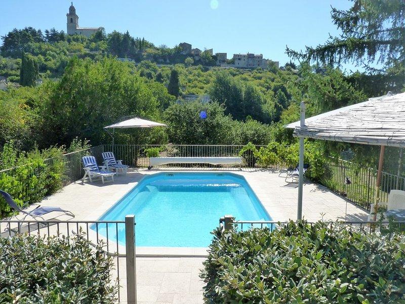 Villa Amande: On Edge Of Historic Reillanne, Provence Alpes Côte D'Azur, France, alquiler vacacional en Montfuron