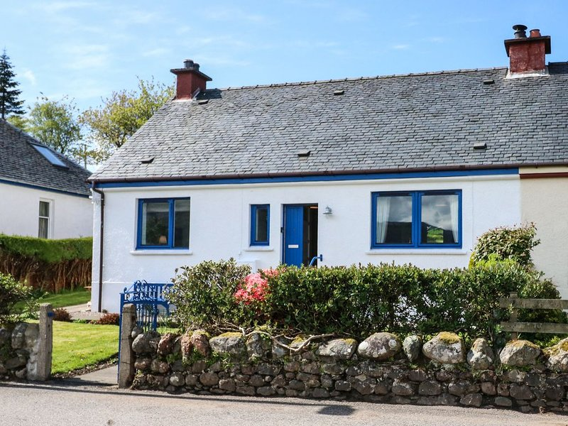 Mary's Cottage, ARDGOUR, holiday rental in Ballachulish