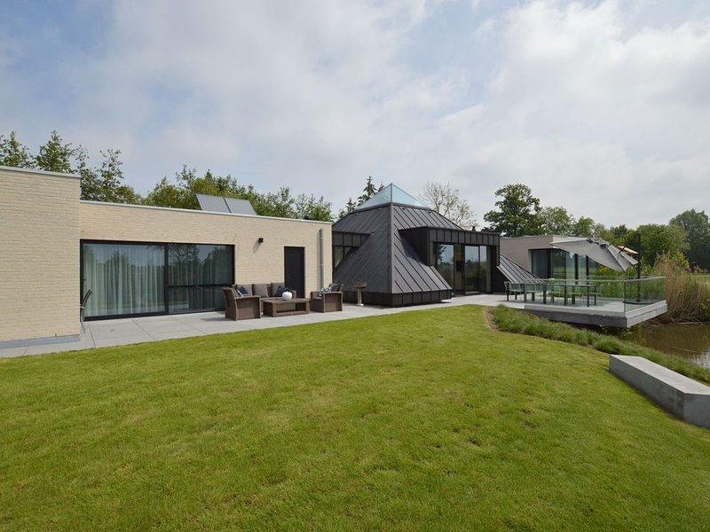Swanky Villa in Gijzegem- Aalst with Terrace, vacation rental in Lokeren