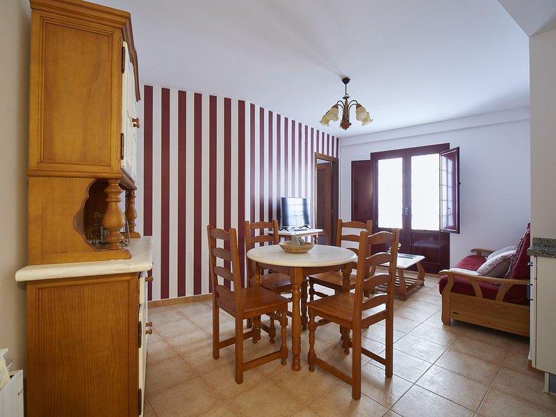 Apartamentos Entrecalles en el Centro de Cudillero, alquiler vacacional en Somado