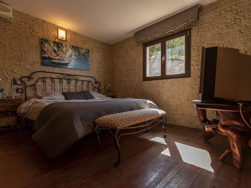 Roque Nublo Rural Houses, holiday rental in Ayacata