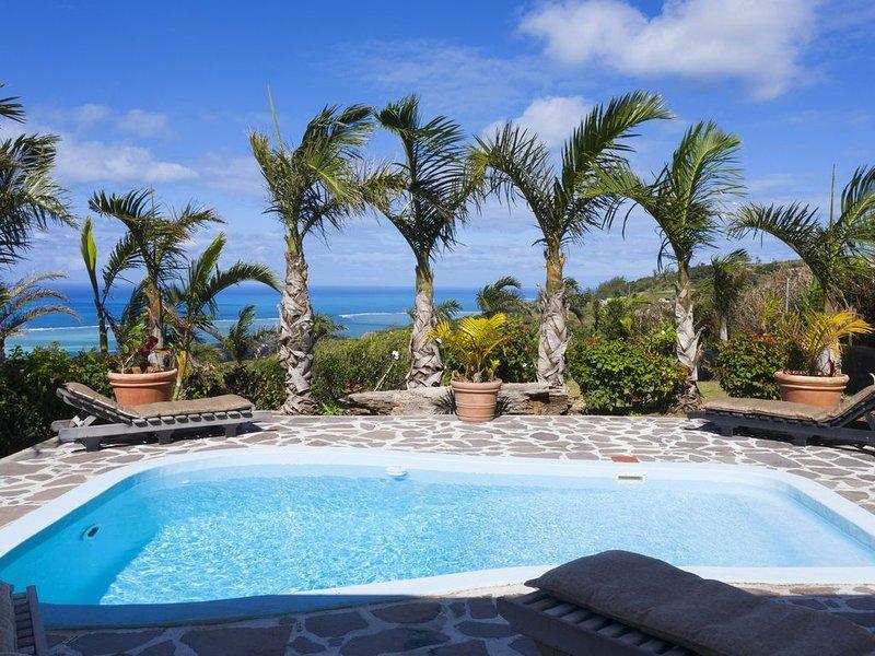 Villa Fenêtre sur mer Coromandel près des plages de Graviers avec Wifi , piscine, location de vacances à Coromandel