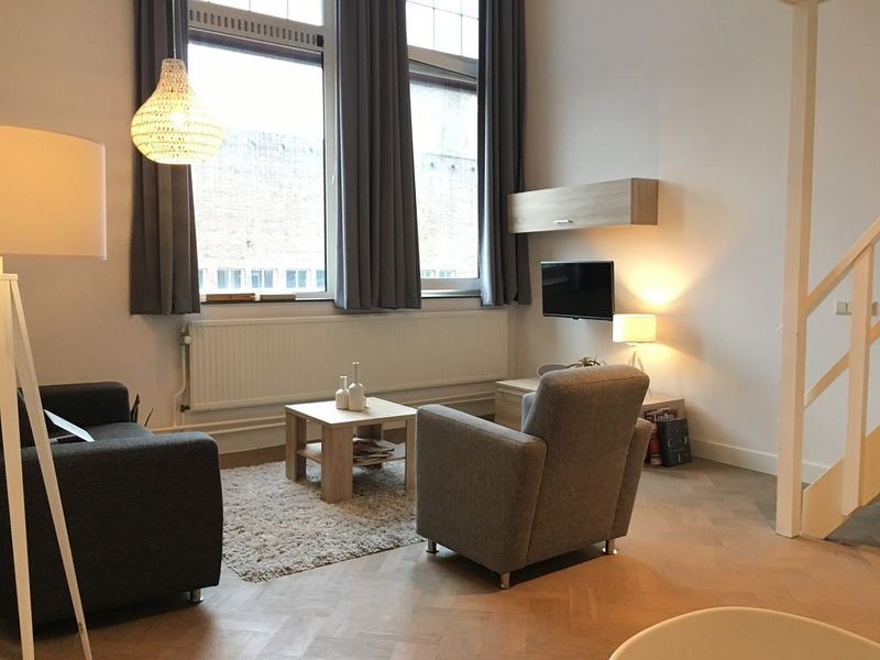Spacious Loft in the centre of Eindhoven, vacation rental in Vessem