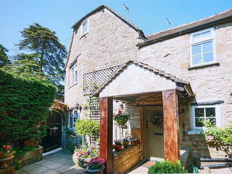 Pike Cottage, STOW-ON-THE-WOLD, alquiler vacacional en Maugersbury