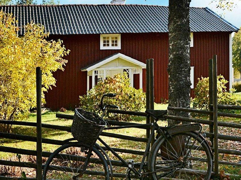 5 person holiday home in JÖNKÖPING – semesterbostad i Mullsjö