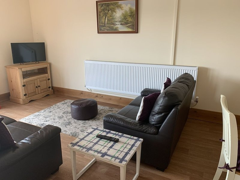 Spacious Eco, Pet Friendly Chalet,  Forest of Dean, Wye Valley, vacation rental in Yorkley