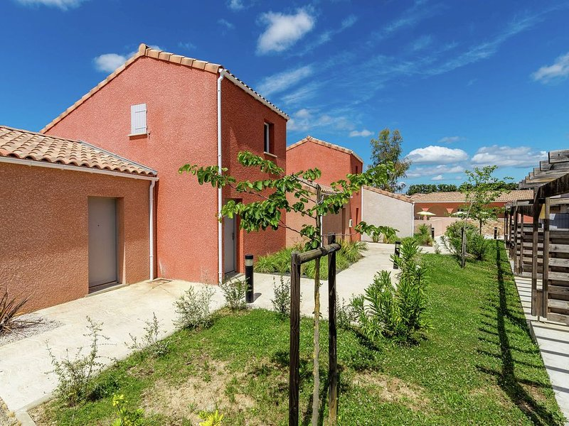 Semi-detached home in the hinterlands of Languedoc, casa vacanza a Restinclieres