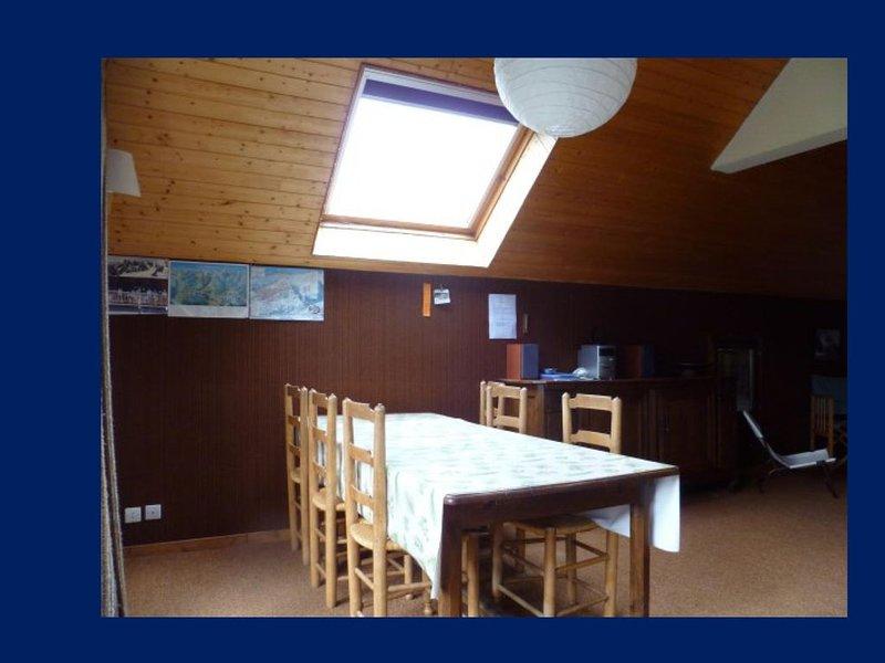 Appartement familial 7 personnes, 68 m2, SPACIEUX & CALME - Vue superbe !, location de vacances à L'Argentière-la-Bessée