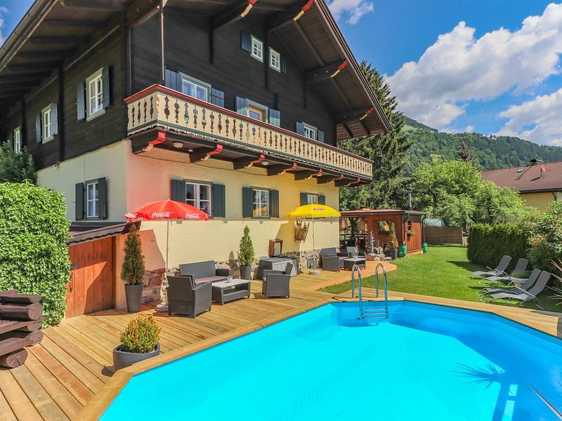 Luxurious Apartment in Mittersill near Ski Area, vacation rental in Mittersill
