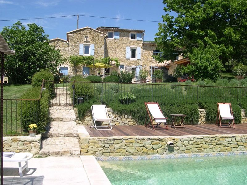 Superbe mas provençal en pleine nature, charme et douceur de vivre..., Ferienwohnung in Roche-Saint-Secret-Beconne