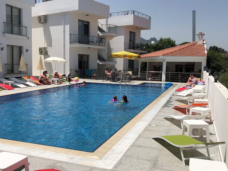 Metin Holiday Apartments, vacation rental in Dogankoy