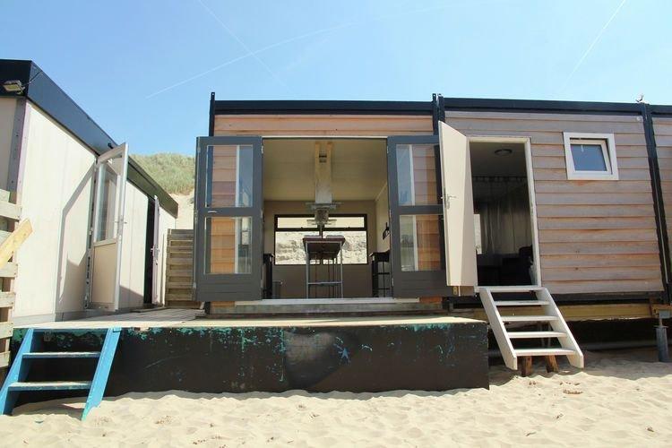Beautiful Holiday Home in Castricum Aan Zee with Dune Views, vakantiewoning in Castricum