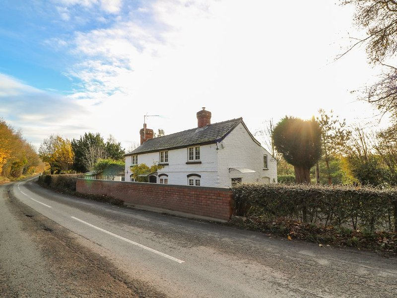 Poston Holiday Cottage, PETERCHURCH, holiday rental in Madley