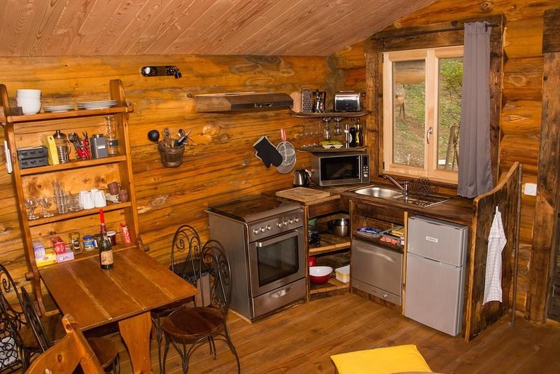 Chalet en rondins Les Convers, holiday rental in Veyrier