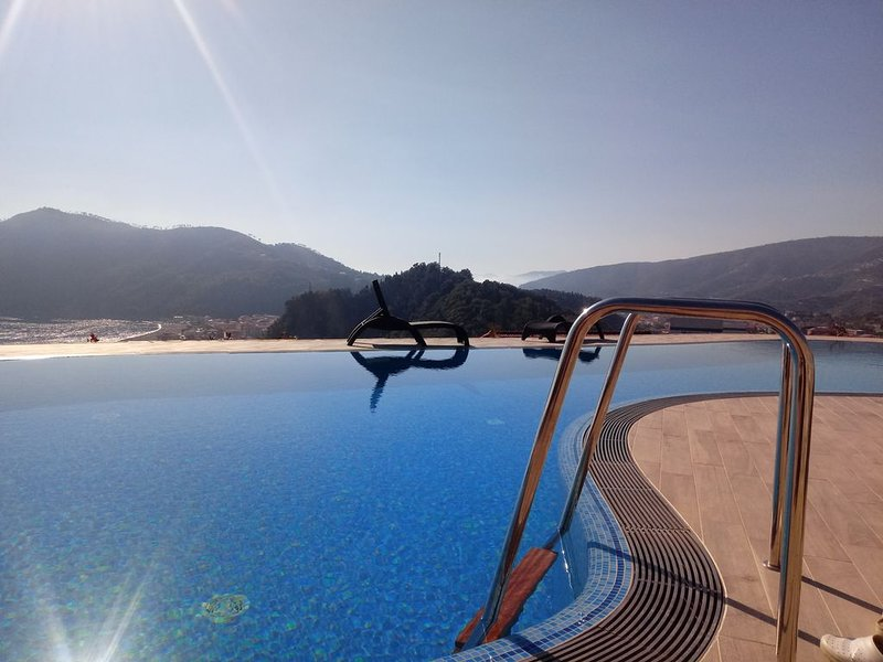 Riva Trigoso- Casa 'Taggiasca' con piscina e giardino, vacation rental in Sestri Levante