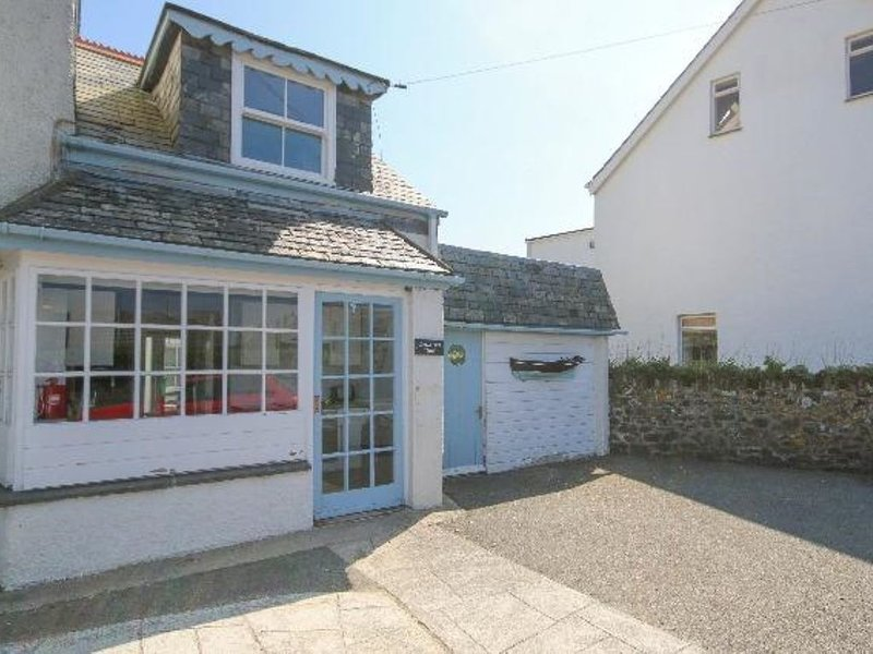 Bright cosy home in the bustling heart of Rock - sleeps up to 3, location de vacances à Wadebridge