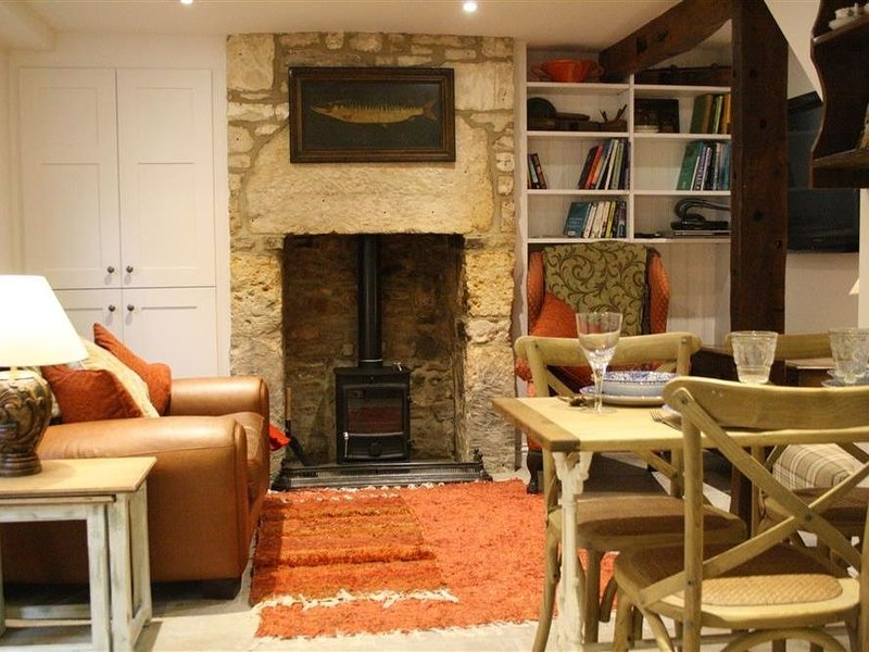 Mad Molly's Cottage, WINCHCOMBE, holiday rental in Little Washbourne