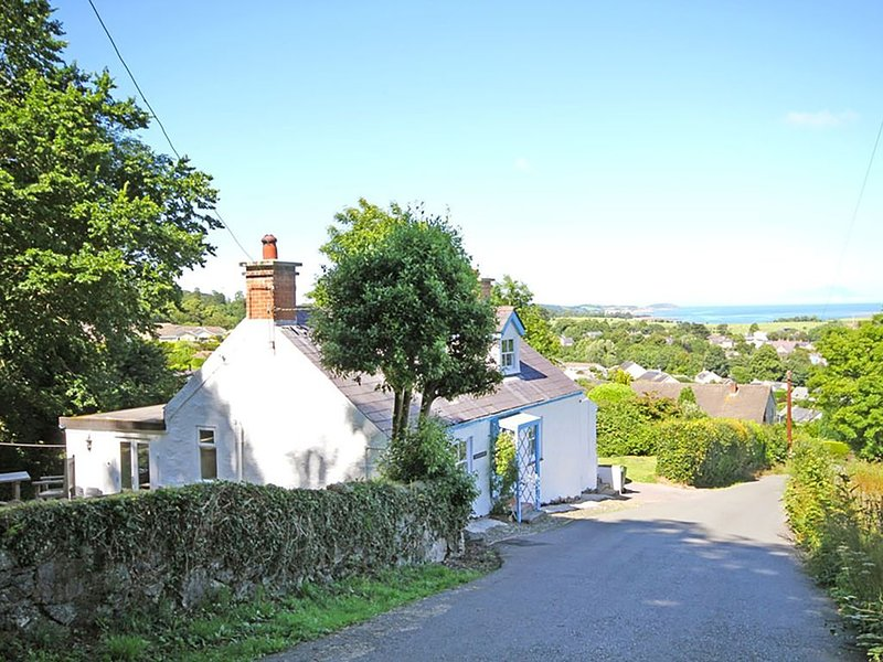 Rallt Goch Bach, BEAUMARIS, holiday rental in Beaumaris
