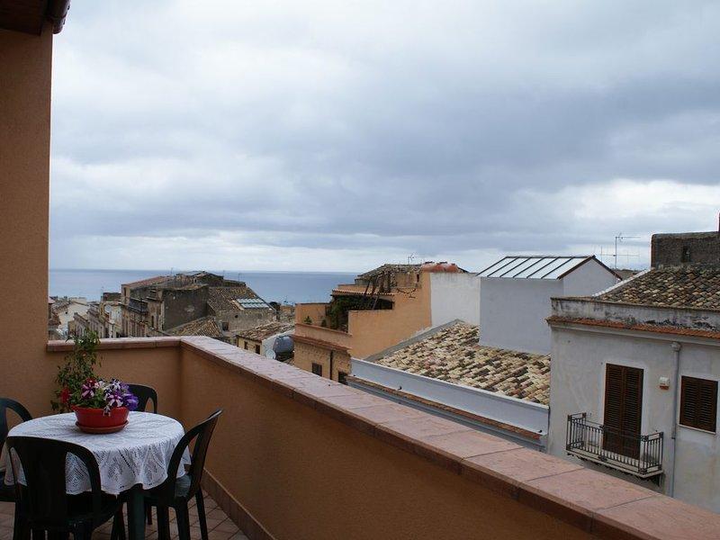 Delizioso appartamento in centro, Ferienwohnung in Castellammare del Golfo