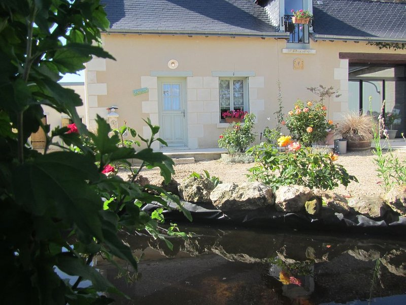 CLOJELIAN GÏTE 2 PERS (4 couchages), holiday rental in Continvoir
