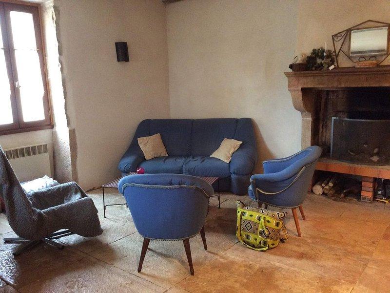 Maison de caractère au coeur du vignoble des Hautes côtes  Bourgogne, holiday rental in Vosne-Romanee