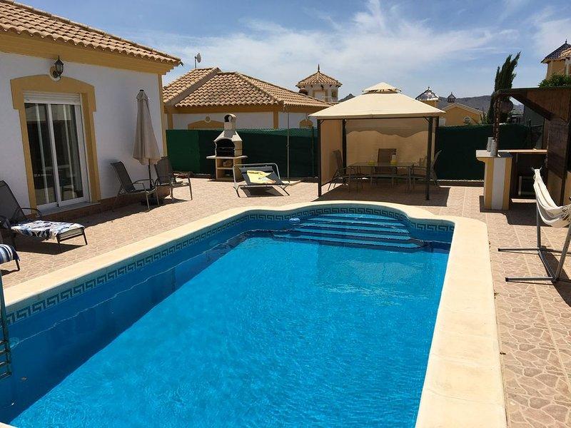 Villa On Mazarron Country Club With Private Pool, alquiler de vacaciones en Mazarrón