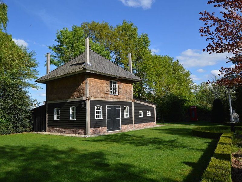 Cozy Holiday Home in Volkel with Sauna, holiday rental in Veghel