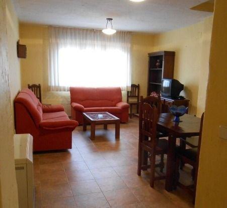 Apartamentos Grajera - APT. 9, holiday rental in Sepulveda