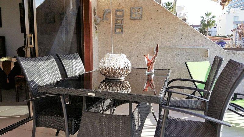 APARTAMENTO CON VISTAS AL MAR, holiday rental in Acantilado de los Gigantes