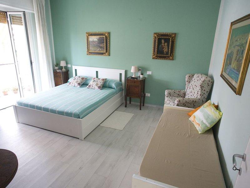 B&B Portami al mare - affitto singole camere o intero appartamento, holiday rental in Carrara