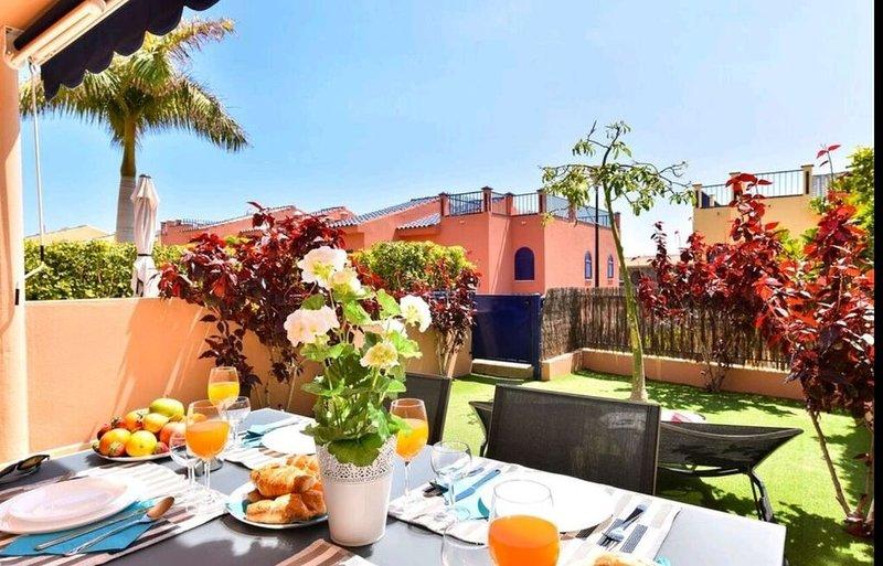 Sol, descanso, privado, buena conexión, buena infraestructura., holiday rental in Meloneras